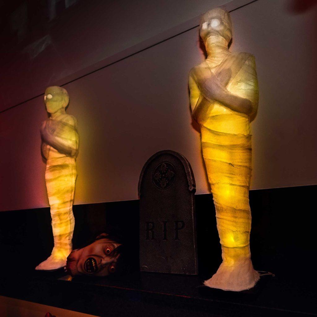 Inszenierung der Mumien